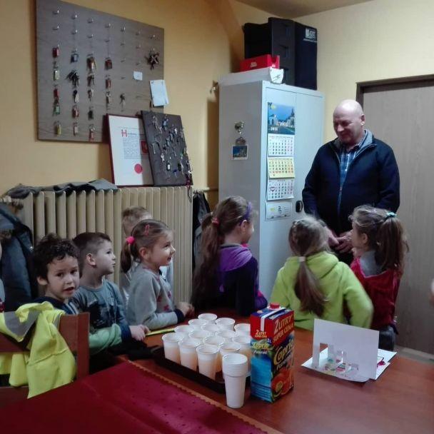 Návšteva detičiek z MŠ